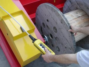 For max 6 tonnes cable drums